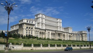 The_Palace_Of_Parliament_In_Bucharest-1920x1080-hd-Wallpaper-1024x585